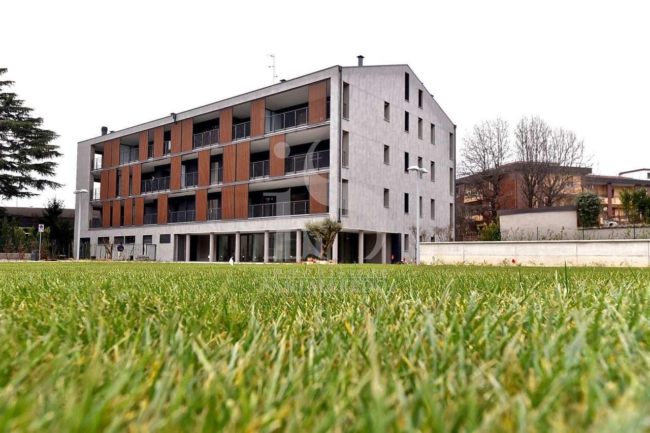 Ufficio / Studio in vendita a Monza, 4 locali, prezzo € 490.000 | CambioCasa.it