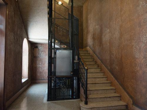 Appartamento in vendita a milano vercelli corso n for Doppi bagni padronali