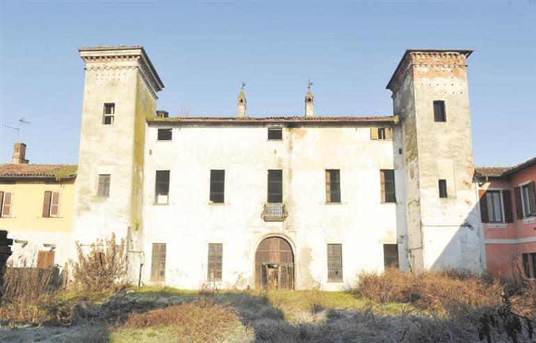 Palazzo in Vendita a Lodi: 5 locali, 1100 mq