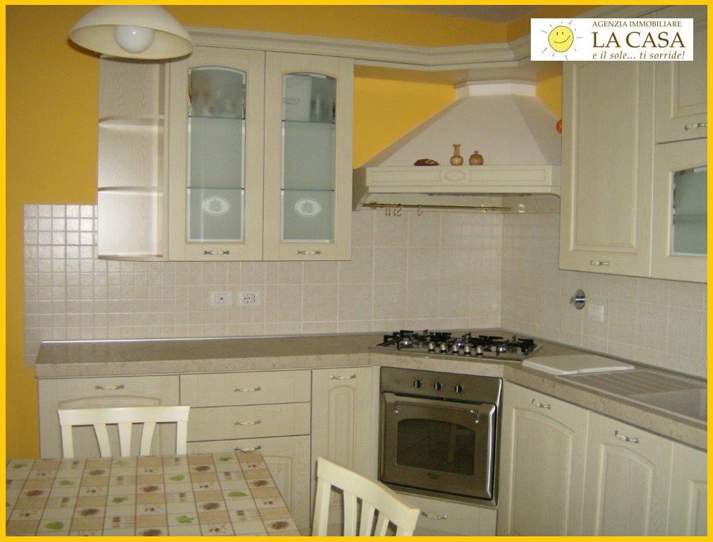 Appartamento in affitto a Figline Valdarno, 3 locali, zona Località: (ZONA MATASSINO ), prezzo € 550 | Cambiocasa.it