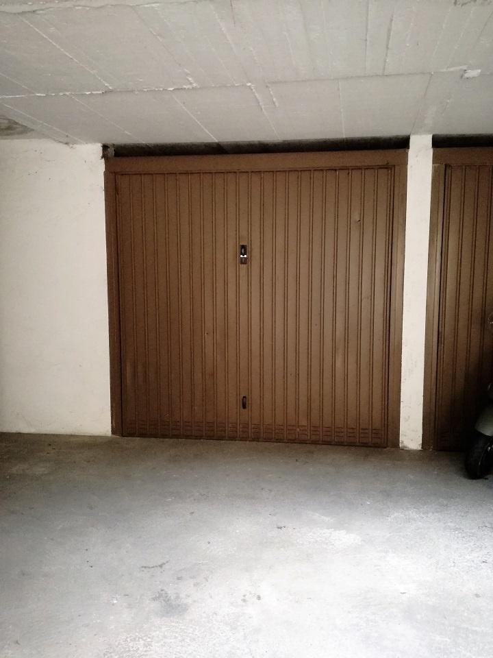 Box e posti auto in vendita Rif. 10228966