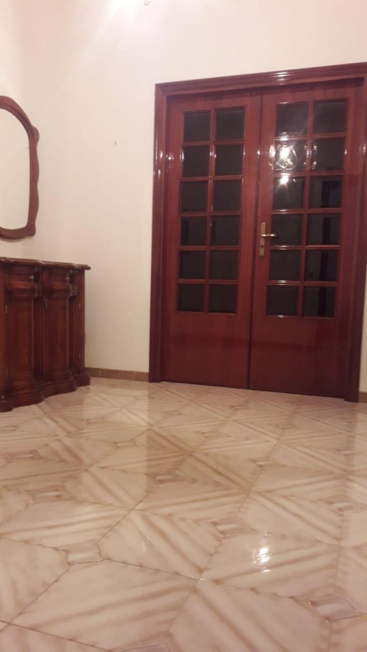 Appartamento in buone condizioni in affitto Rif. 11202722
