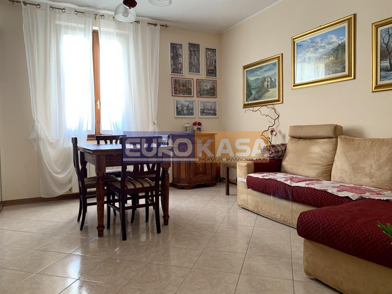 Appartamento ristrutturato in vendita Rif. 11439507