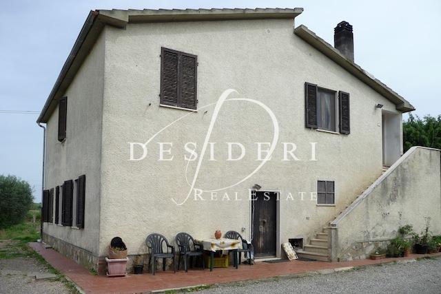 Rustico / Casale in buone condizioni in vendita Rif. 6380942