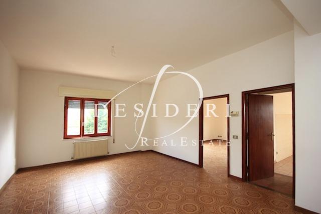 Appartamento in vendita a Roccastrada, 4 locali, prezzo € 75.000 | PortaleAgenzieImmobiliari.it
