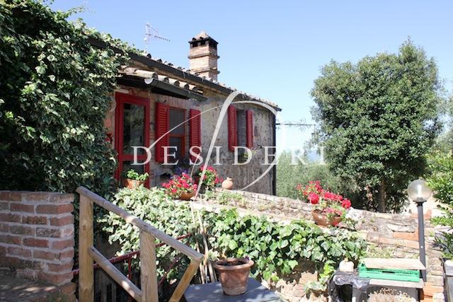 Rustico / Casale in buone condizioni in vendita Rif. 6380953