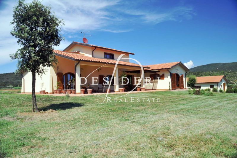 Rustico / Casale in ottime condizioni in vendita Rif. 6381195