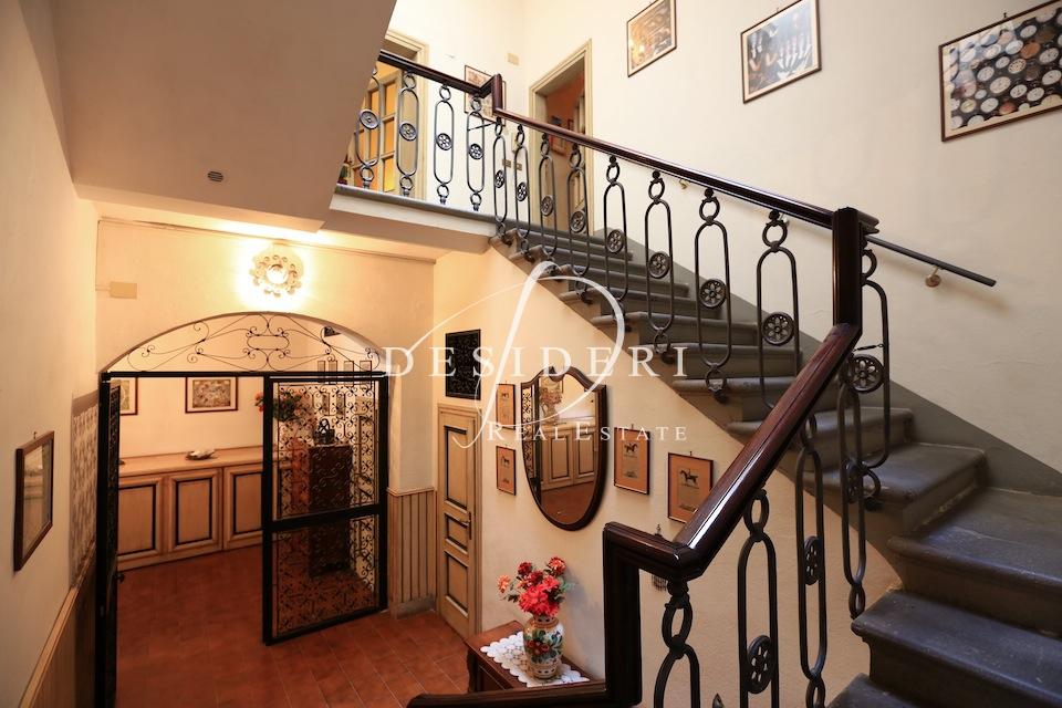Appartamento, 300 Mq, Vendita - Grosseto (Grosseto)