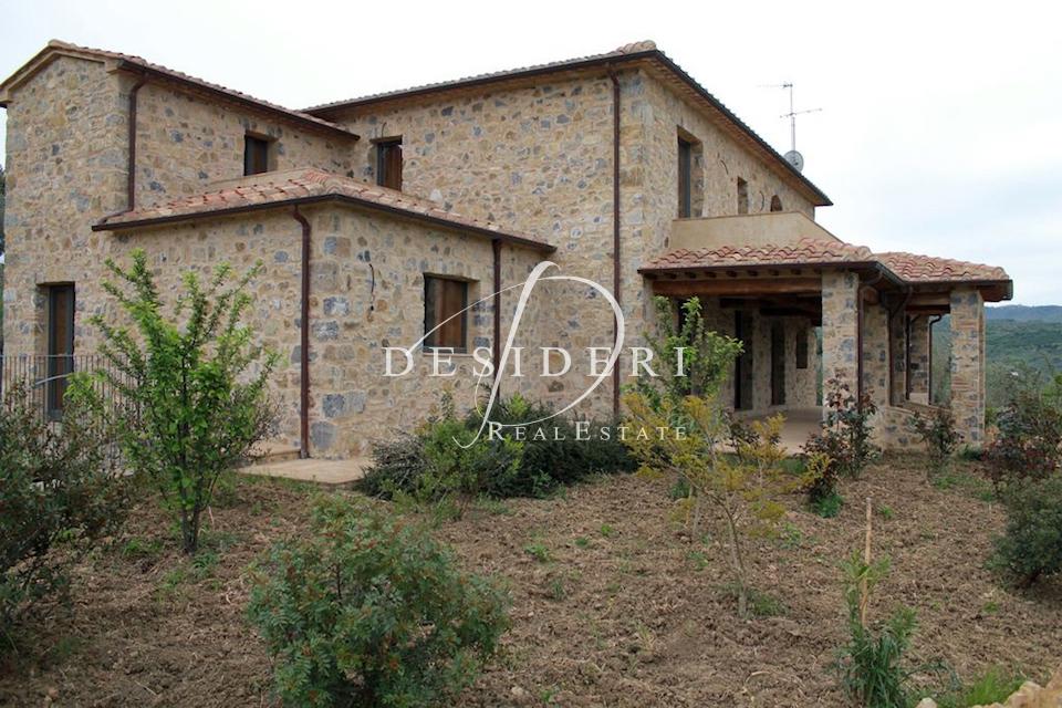 Rustico / Casale in buone condizioni in vendita Rif. 6381221