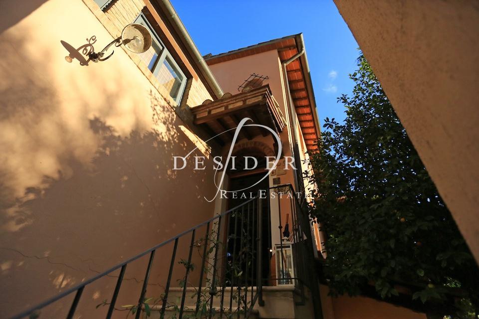 Villa in ottime condizioni in vendita Rif. 6381355