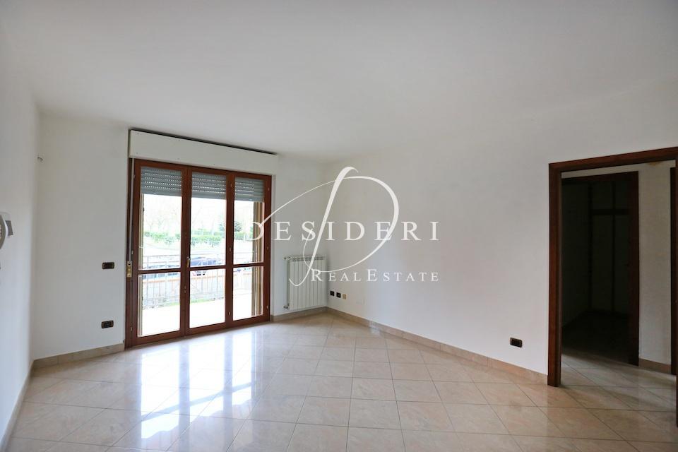 Appartamento in buone condizioni in vendita Rif. 6381550