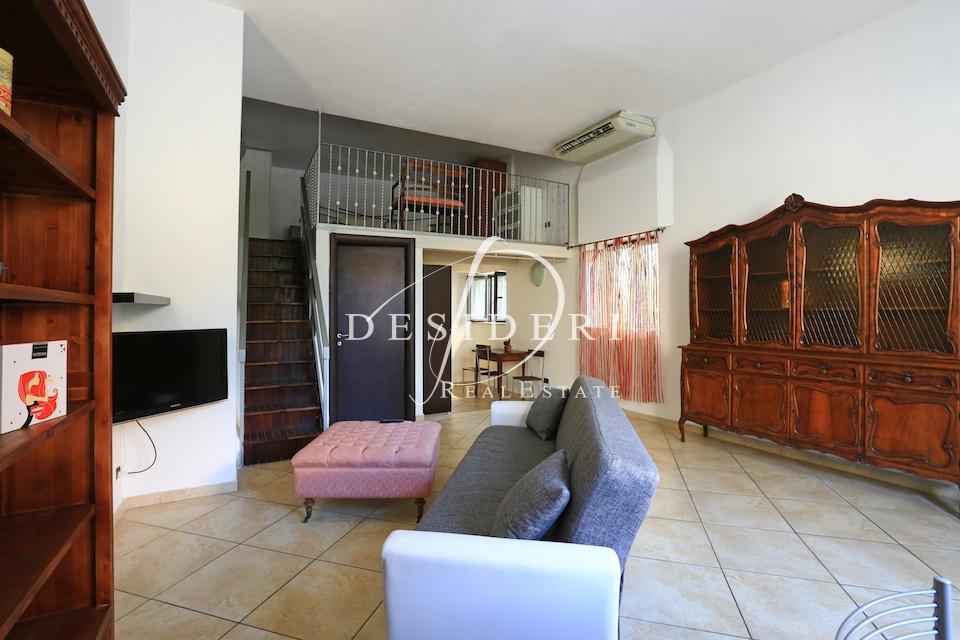 Appartamento in ottime condizioni arredato in affitto Rif. 7555614