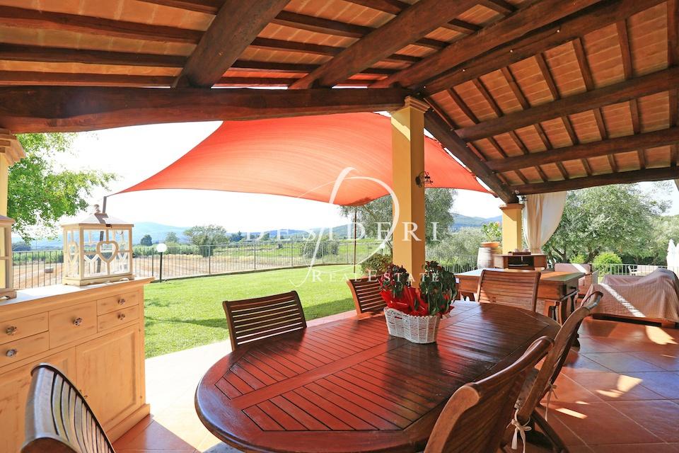 Rustico / Casale in ottime condizioni in vendita Rif. 8905039