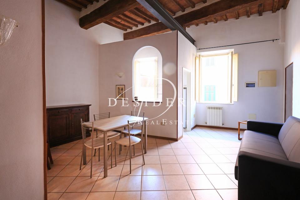 Appartamento in buone condizioni arredato in affitto Rif. 8167763
