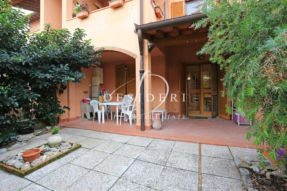 Appartamento in ottime condizioni arredato in affitto Rif. 8377661