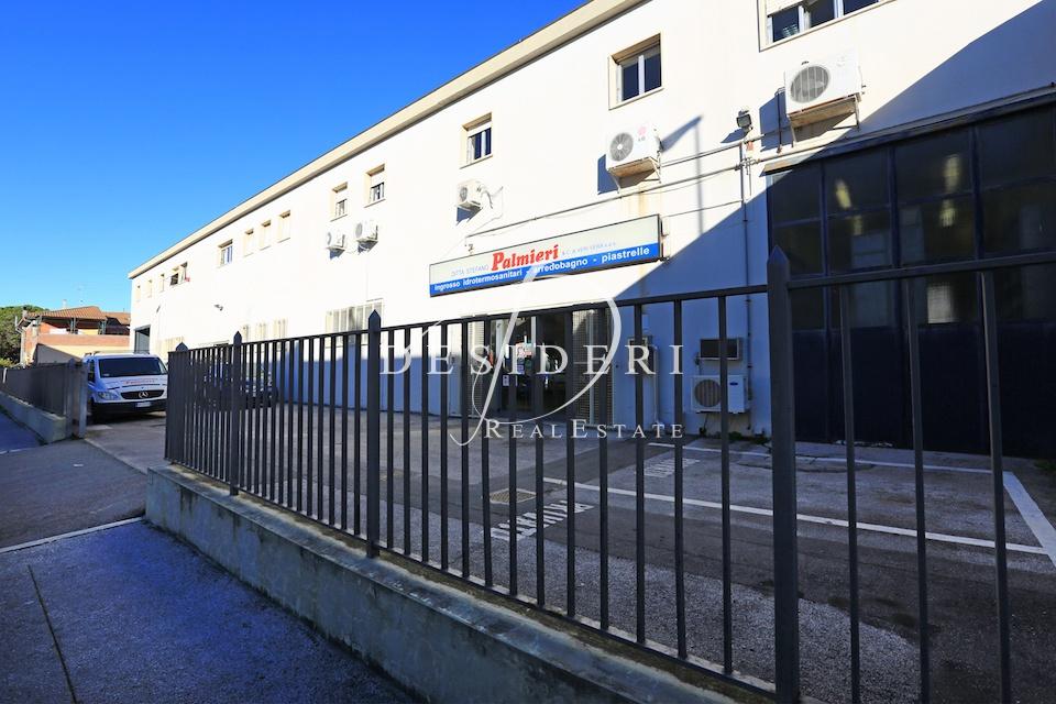 Magazzino - capannone in ottime condizioni in affitto