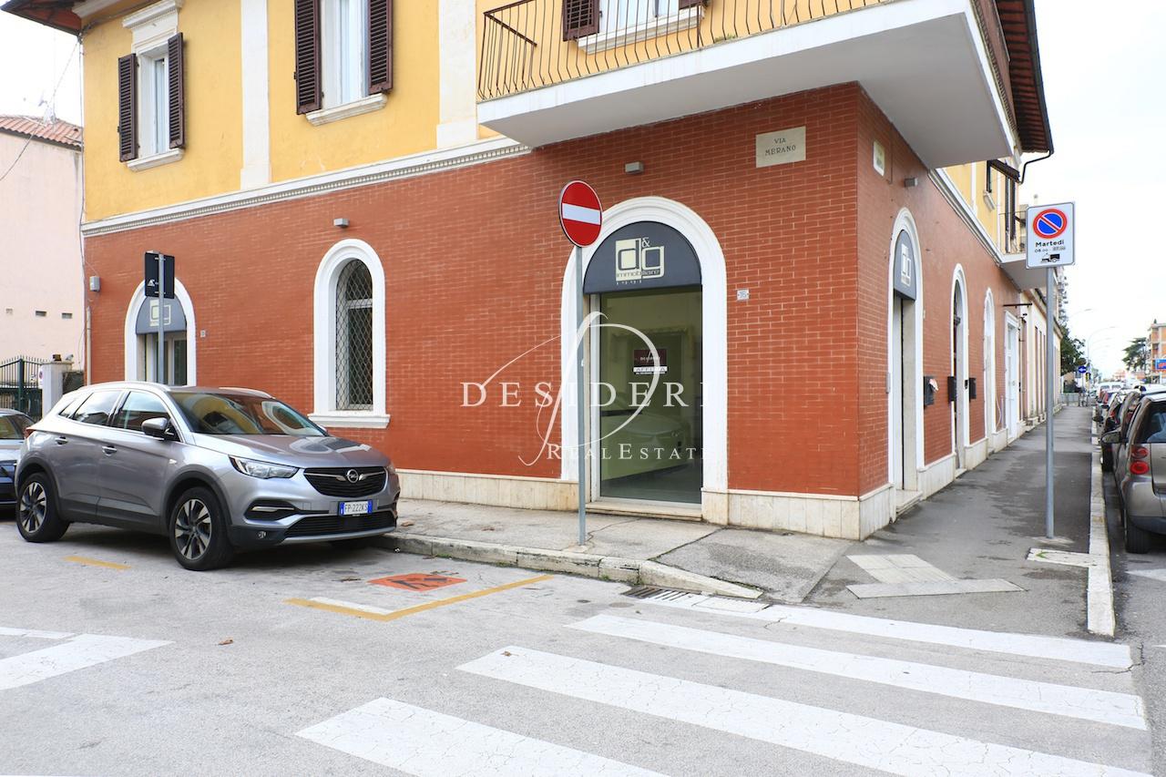 Ufficio in ottime condizioni in affitto Rif. 12169782