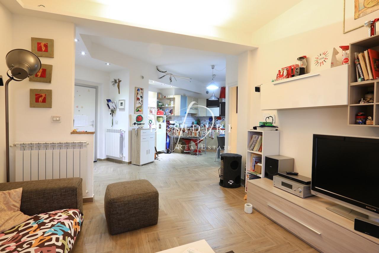 Appartamento, Via Fabio Massimo, Vendita - Grosseto (Grosseto)
