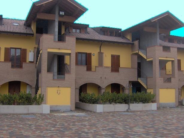 Appartamento in affitto a Vidigulfo, 2 locali, prezzo € 600 | CambioCasa.it
