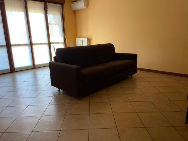 Appartamento arredato in vendita Rif. 11526068