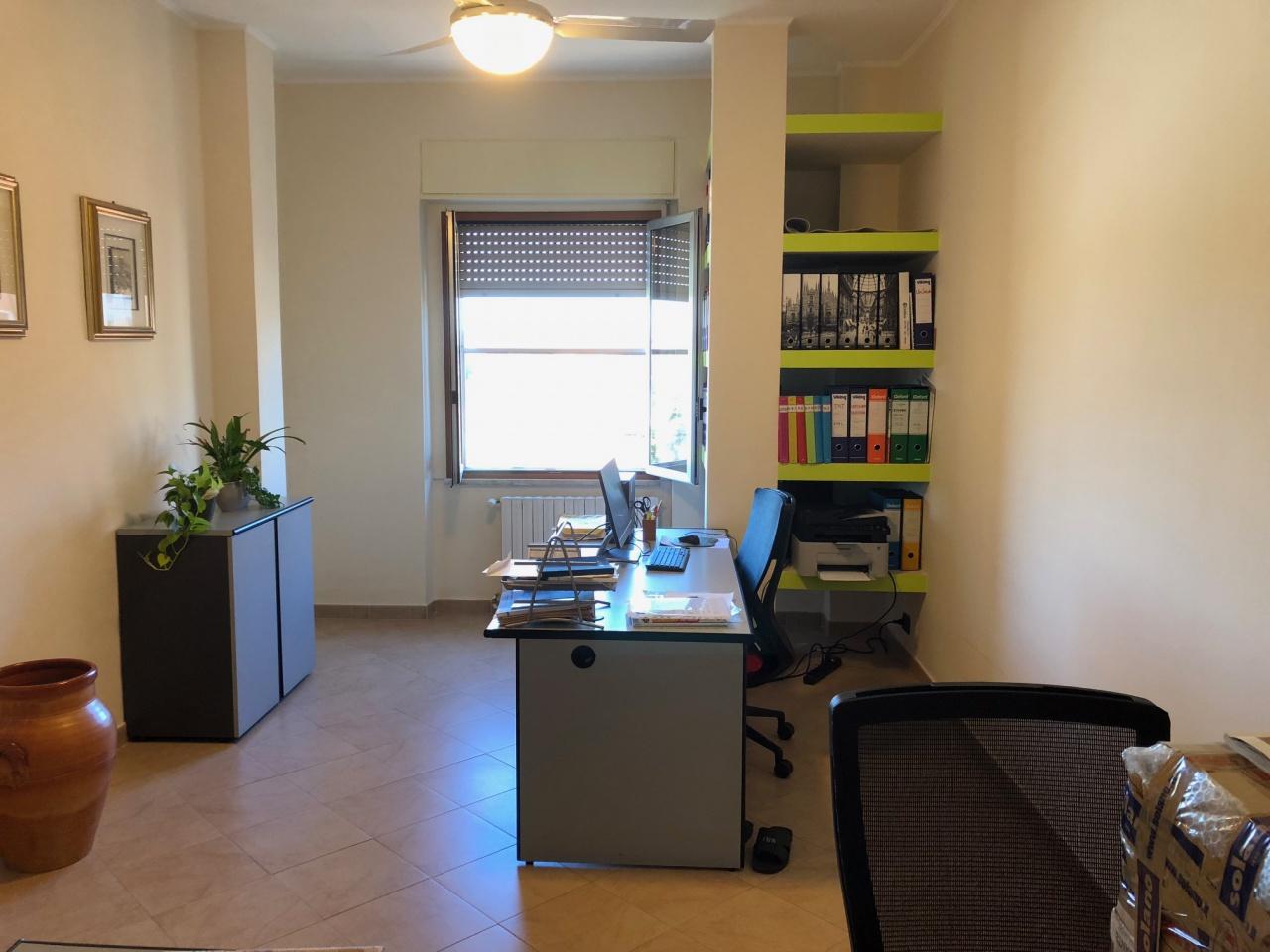 Appartamento ristrutturato arredato in vendita Rif. 8167765