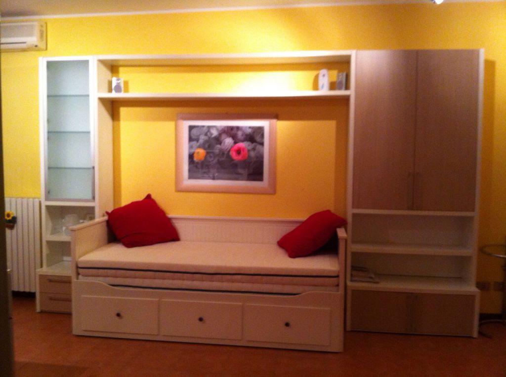 Appartamento in vendita a Landriano, 1 locali, prezzo € 65.000 | CambioCasa.it