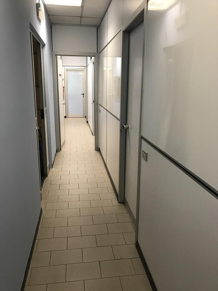 Ufficio ristrutturato arredato in vendita Rif. 4773141