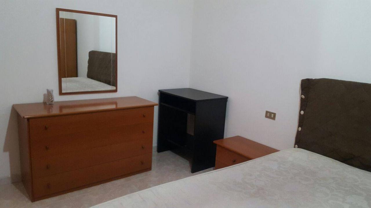Appartamento da ristrutturare arredato in vendita Rif. 5467899
