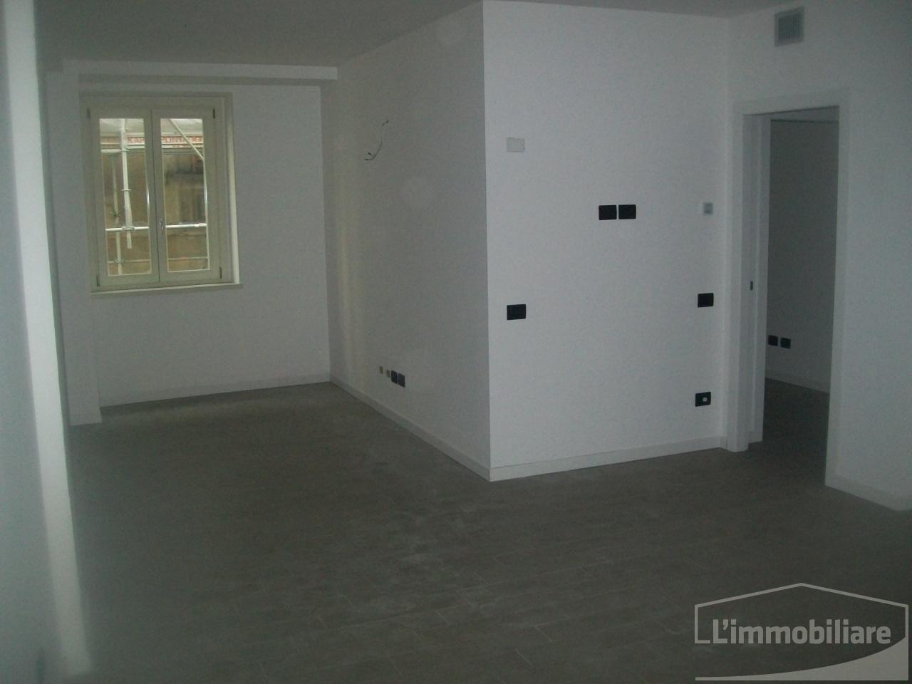 Ufficio ristrutturato in affitto Rif. 9978870
