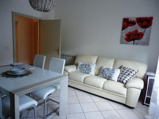 vendita appartamento follonica zona nuova  295000 euro  5 locali  80 mq