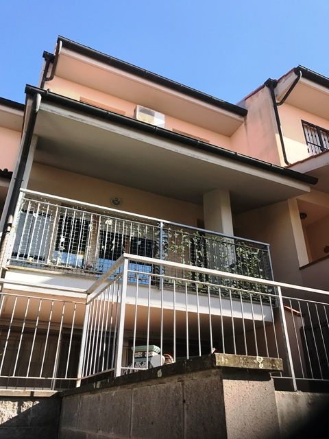 Casa Indipendente in buone condizioni in vendita Rif. 6021554