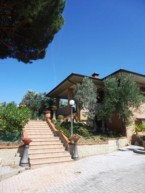 Casa Indipendente in ottime condizioni in vendita Rif. 6021560