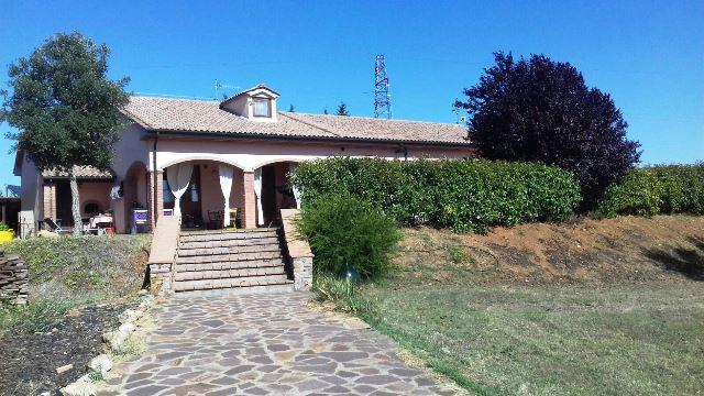 Casa Indipendente ristrutturato in vendita Rif. 6021473