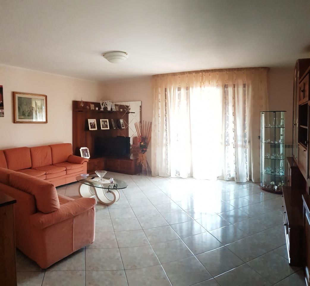 Villetta a schiera in ottime condizioni in vendita Rif. 6870113