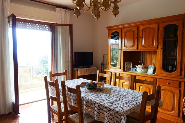 Appartamento da ristrutturare in vendita Rif. 8279704