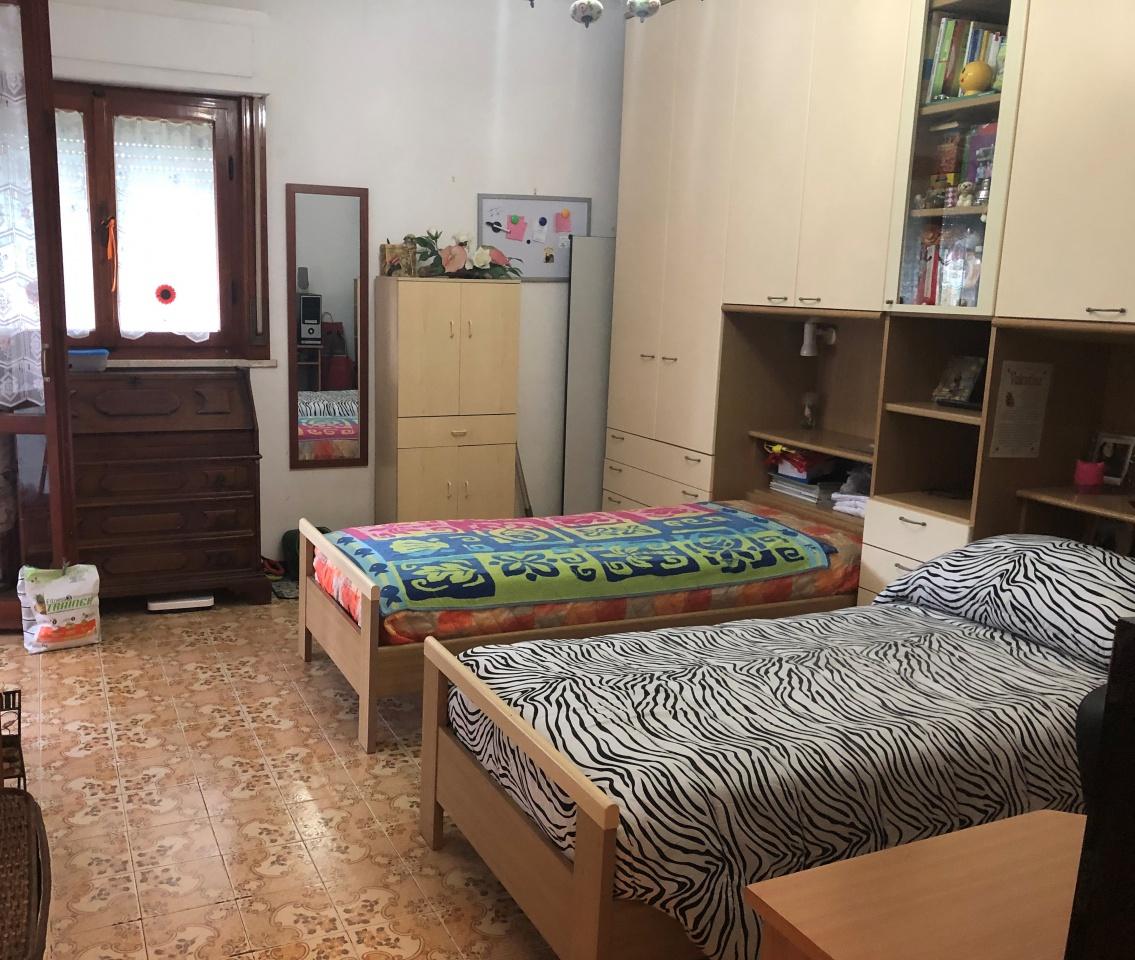 Appartamento in buone condizioni in vendita Rif. 8586120