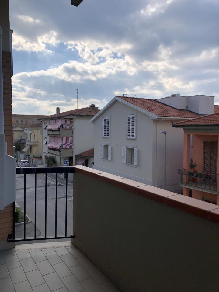 Appartamento da ristrutturare in vendita Rif. 10038225