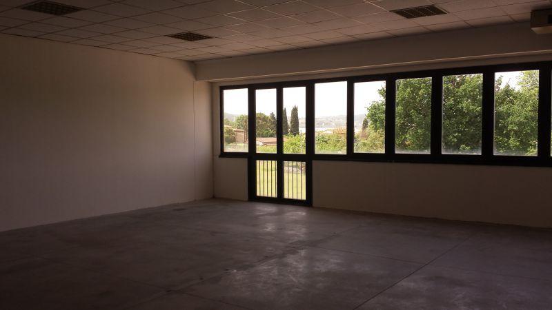 Laboratorio in affitto a Scandicci, 1 locali, zona Località: INDUSTRIALE, prezzo € 675   Cambio Casa.it
