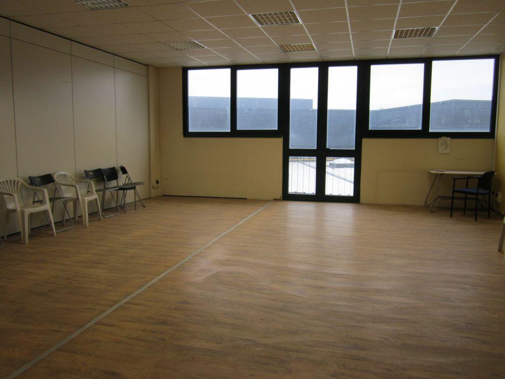 Laboratorio in affitto a Scandicci, 1 locali, prezzo € 1.700 | CambioCasa.it