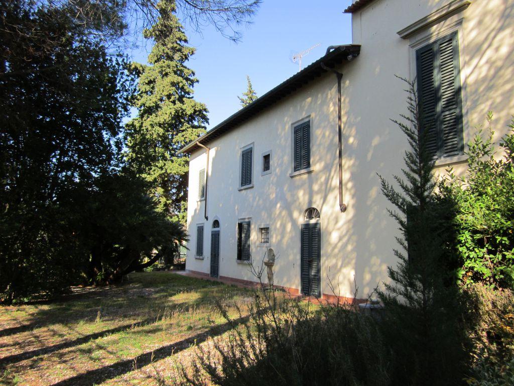 Villa in vendita a Sesto Fiorentino, 9999 locali, zona Località: GENERICA, Trattative riservate | Cambio Casa.it