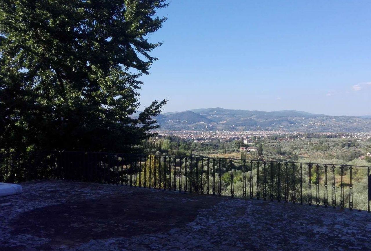 Rustico / Casale in vendita a Firenze, 3 locali, prezzo € 450.000 | CambioCasa.it