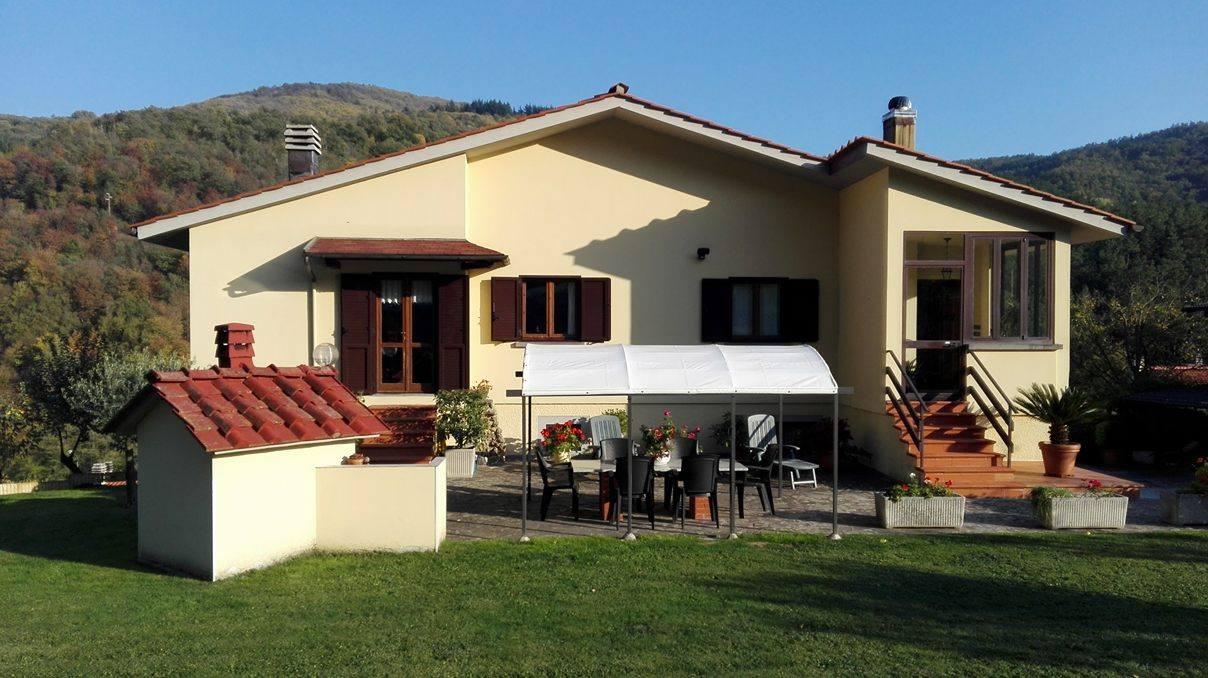 Villa in ottime condizioni in vendita Rif. 9082397