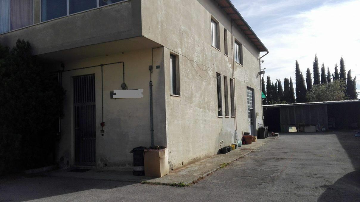 Laboratorio in vendita a Sesto Fiorentino, 9999 locali, prezzo € 380.000 | CambioCasa.it
