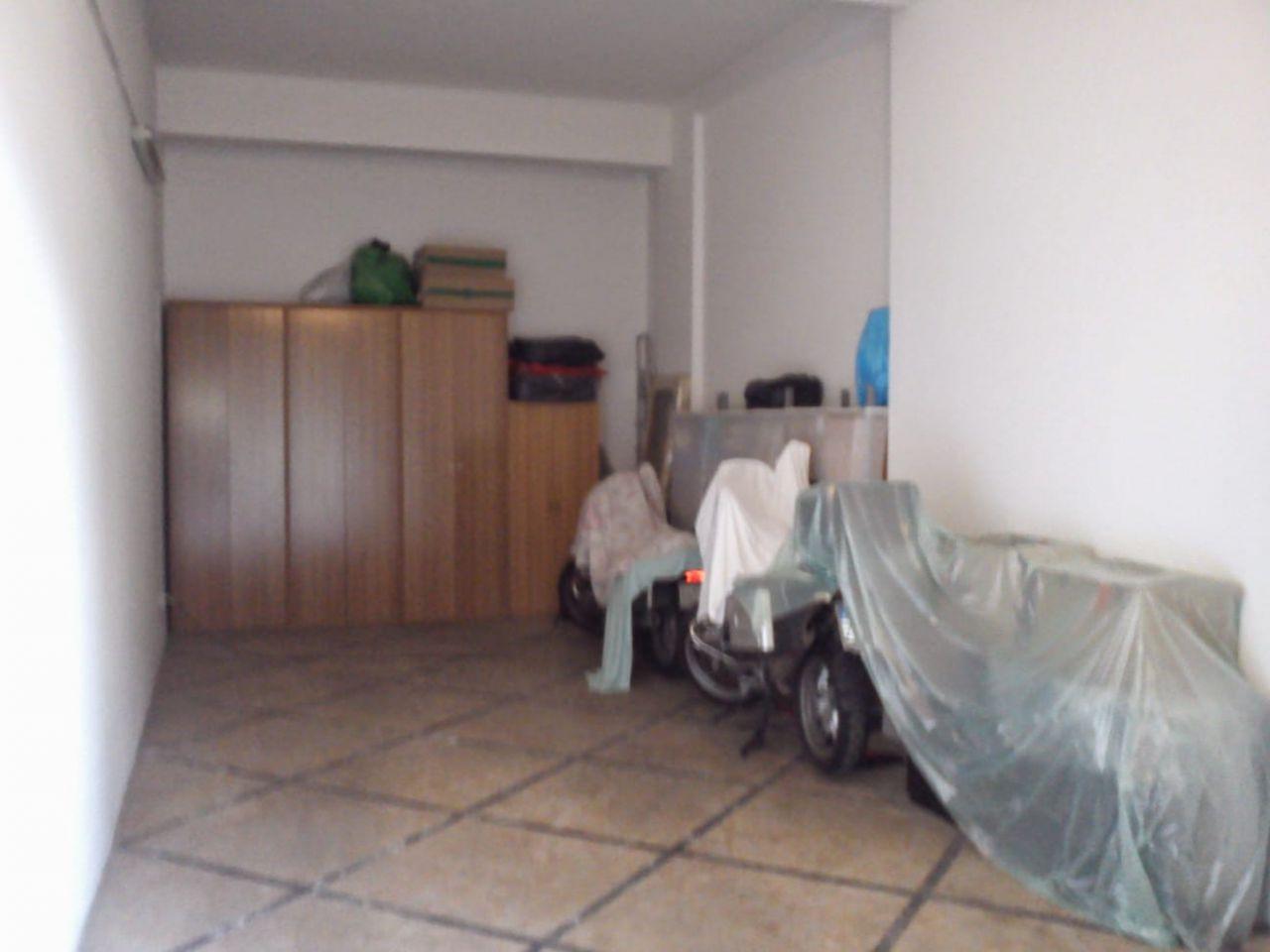 Box / Garage in vendita a Firenze, 9999 locali, prezzo € 70.000 | CambioCasa.it