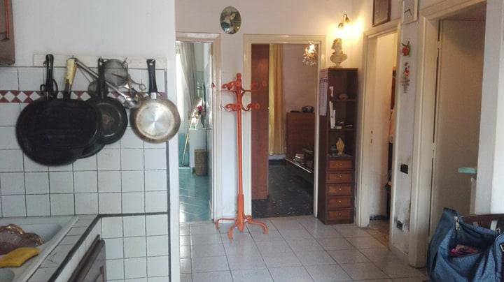 Appartamento in discrete condizioni in vendita Rif. 10429301