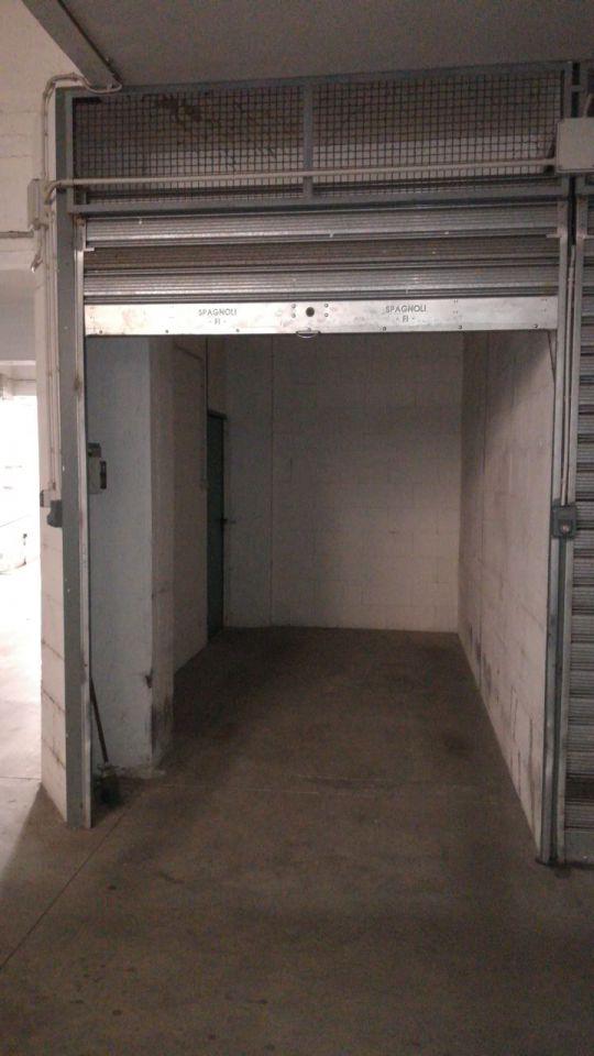 Box e posti auto in vendita Rif. 11032872