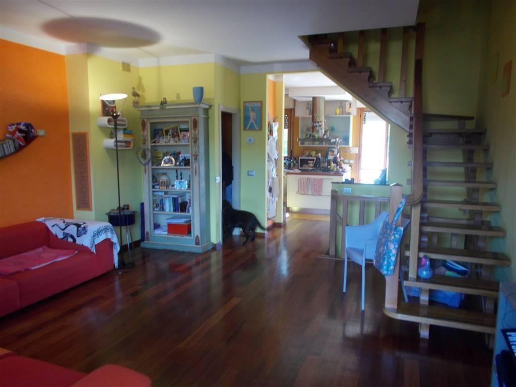 Villetta a schiera in ottime condizioni in vendita Rif. 11381251