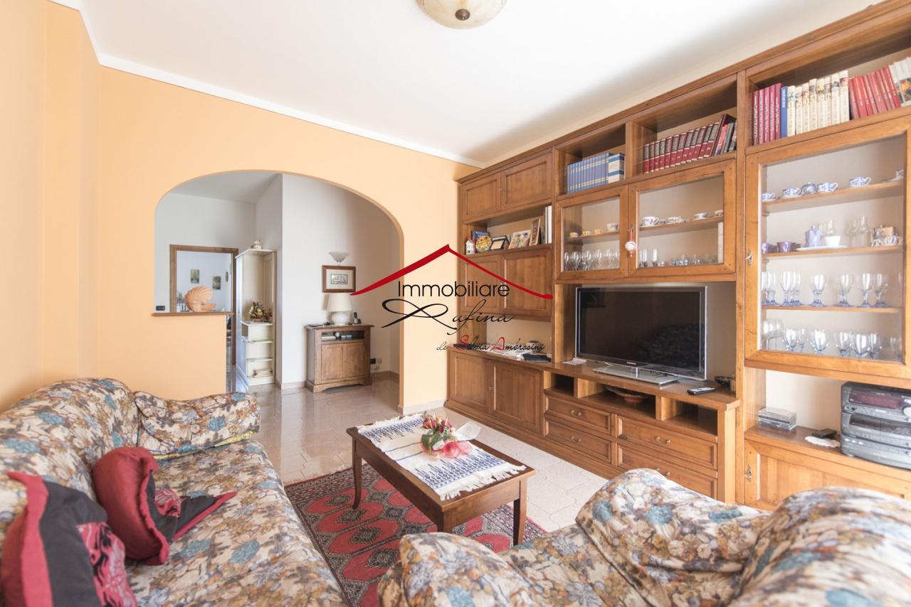Appartamento in ottime condizioni in vendita Rif. 8515958