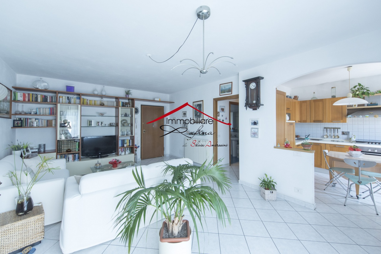 Appartamento in ottime condizioni in vendita Rif. 9204701