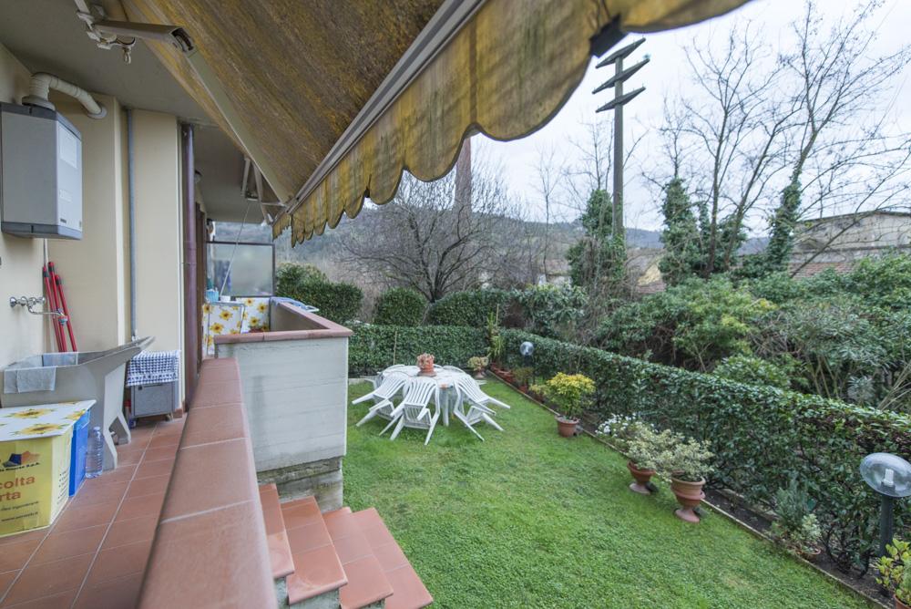 Appartamento in ottime condizioni in vendita Rif. 9230825